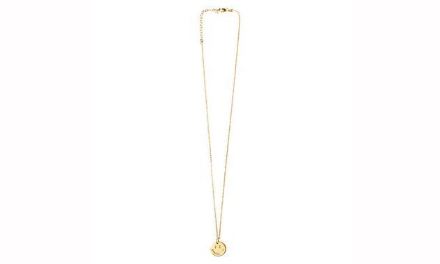 Chinatown Market 携手 Smiley 和纽约珠宝品牌 The M Jewelers 推出了笑脸吊坠项链