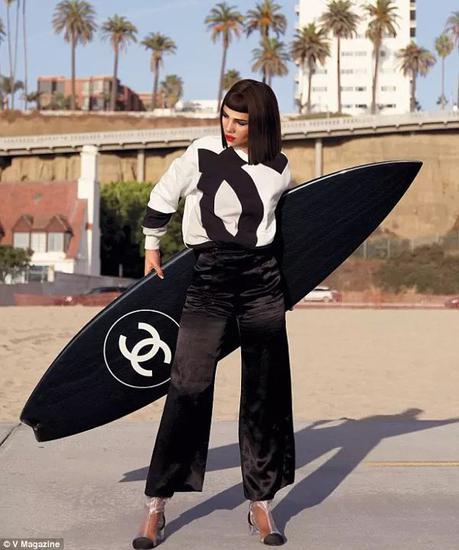 Miquela与Chanel的合作
