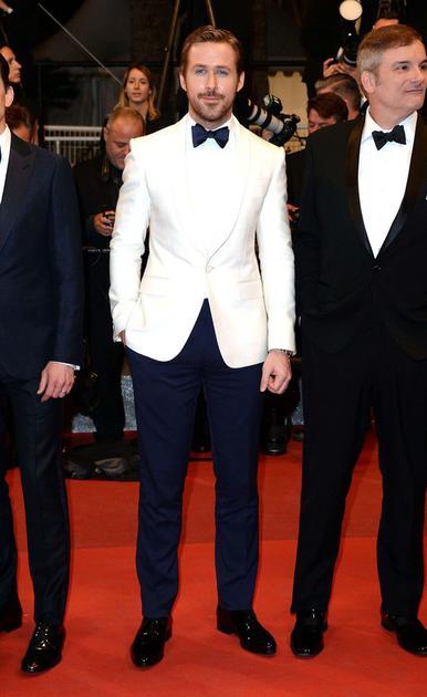 高司令Ryan Gosling穿白色西服走红毯