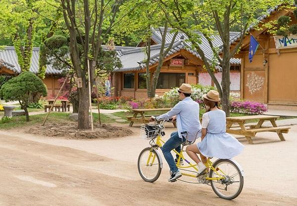 双人自行车