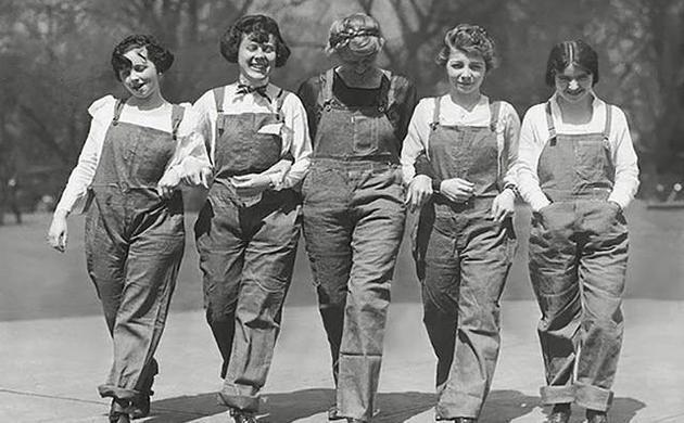 早期背带裤