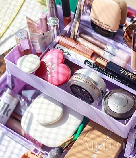各种各样的化妆品