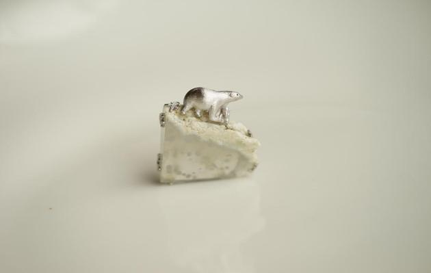 卢思羽《北极熊的家》