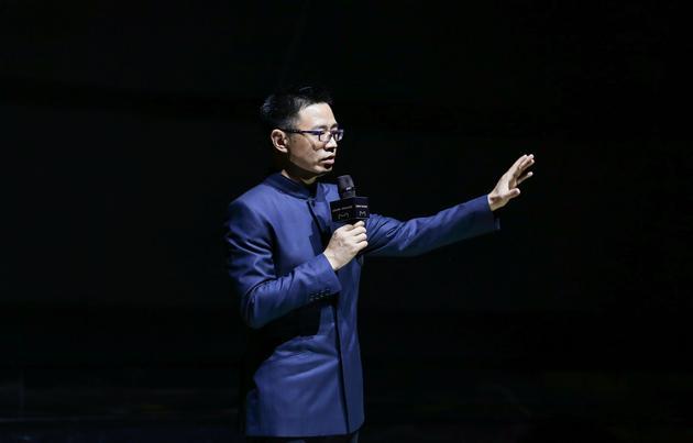 天猫总裁靖捷与全球奢侈品牌共话新零售