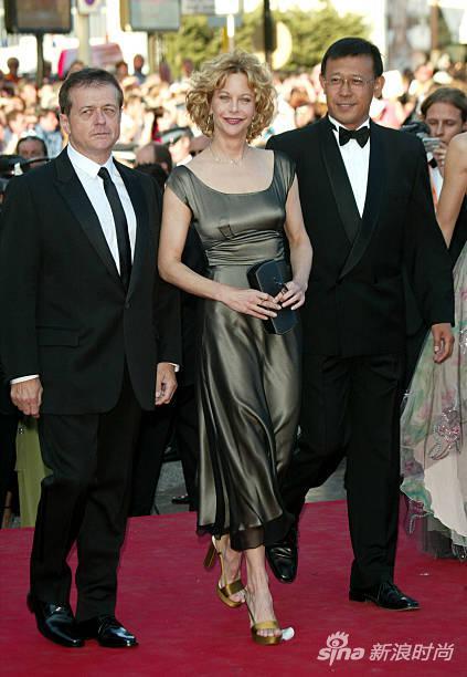 薑文和法國導演夏洛爾(左)、好萊塢女星梅格-瑞恩(中)