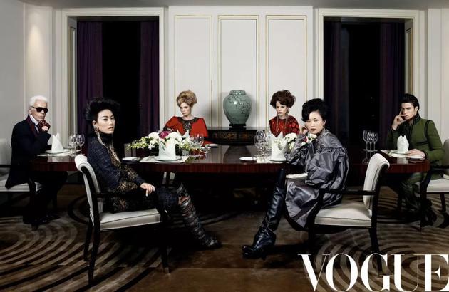 《Vogue服饰与美容》2010年三月号 摄影:Karl Lagerfeld