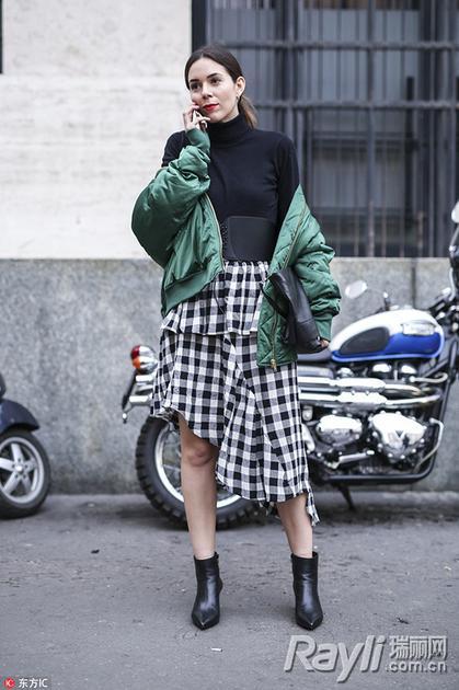黑白格纹裙街拍