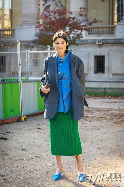 绿色针织裙街拍