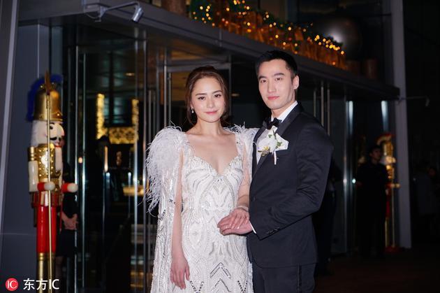阿娇钟欣潼&赖弘国佩戴华洛芙125周年纪念限定款旋转指环