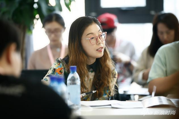 河北科技大学纺织服装学院教学院长 侯东昱教授