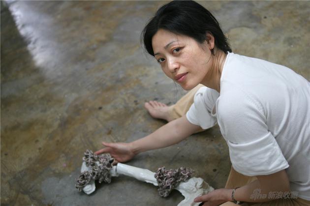 艺术家陈小丹