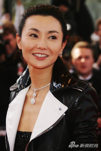 2007年,張曼玉在戛納電影節的造型