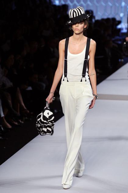 Dior 2008春夏系列的背带裤
