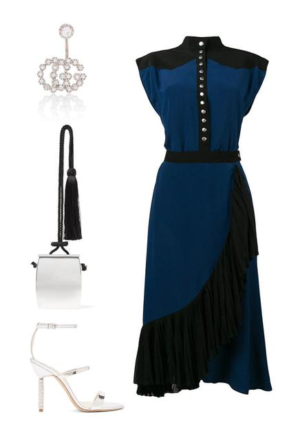 Givenchy裹身裙 ; The Row腰包;Sophia Webster高跟鞋;Gucci耳环