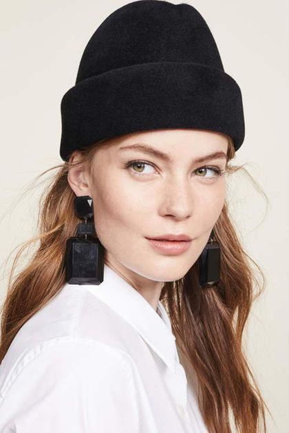 帽子搭配披肩发