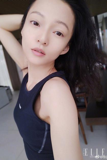 张韶涵自拍