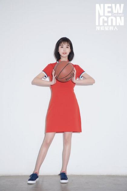 陈都灵 图片来源微博instagram图集