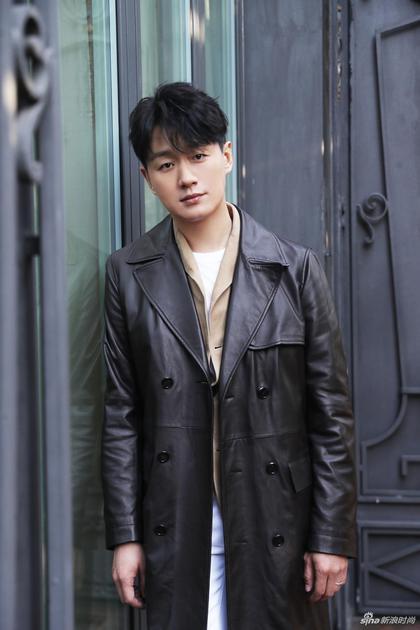 中国区品牌大使佟大为助阵2019秋冬米兰时装周TODS发布会