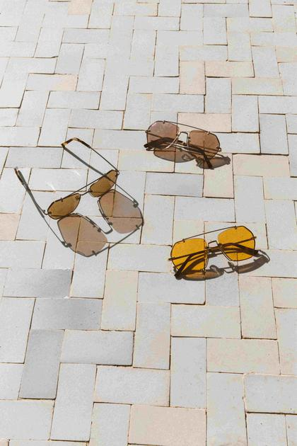 Bally携手Marcolin集团推出2019春夏眼镜系列眼镜系列Bally时髦