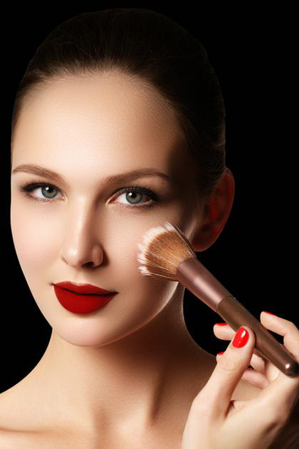 毛孔大怎么办隐形毛孔化妆技巧学起来