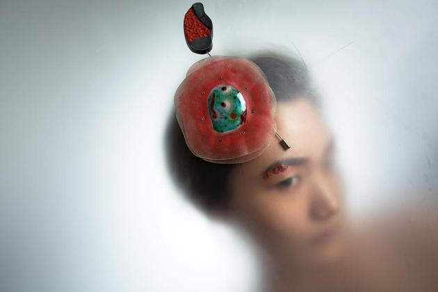 李颖臻《出走的水妖》