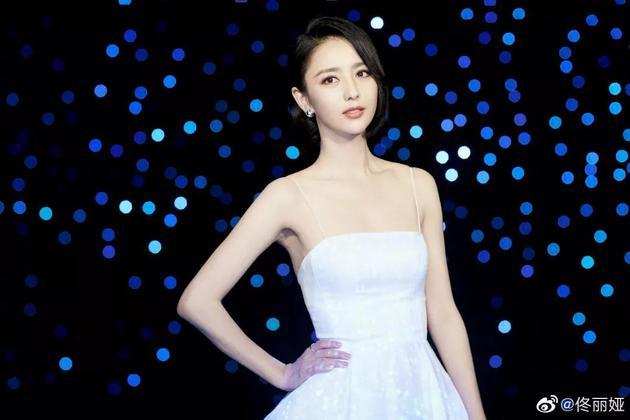 佟丽娅的美貌又上热搜get同款仙女美白颜