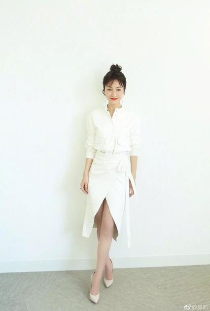 提到瘦小腿,吴昕绝对是励志代表了
