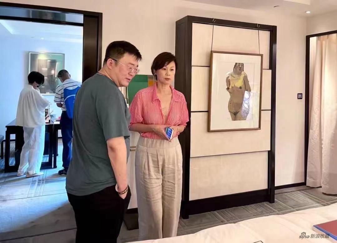 创始人姚薇与永乐拍卖创始人赵旭的合影