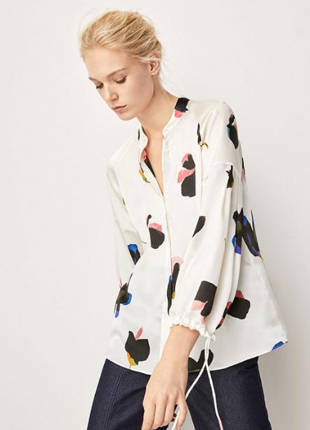 江疏影也踩雷 难度五星的时髦花衬衫你会穿吗