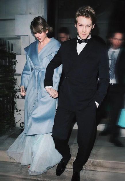 Taylor Swift和男朋友Joe