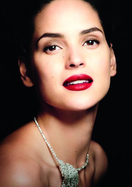 阿玛尼「红管」唇釉再添新色 致敬经典 溯源传奇