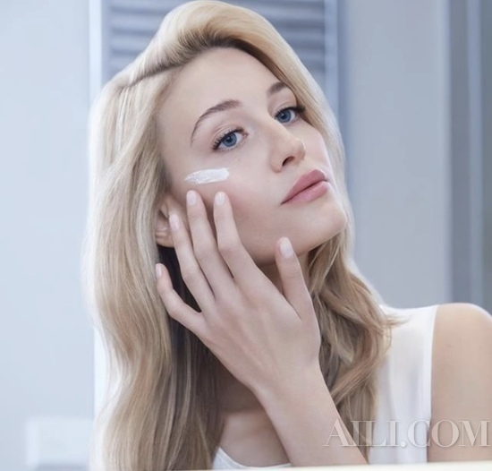 化妆品的遮瑕力到底够不够?