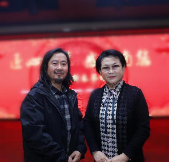 陈丽华评价黄有为40年如一日坚守敦煌让人尊敬