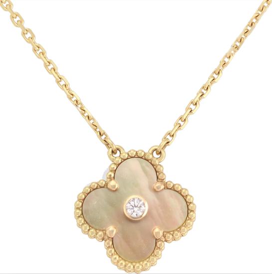 限量版Vintage Alhambra吊坠黄K金、金色珍珠母贝、钻石