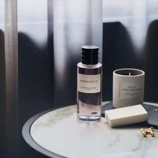 一座法国梧桐环绕的Dior迪奥香氛公寓 你想知道的气味哲学都在这里