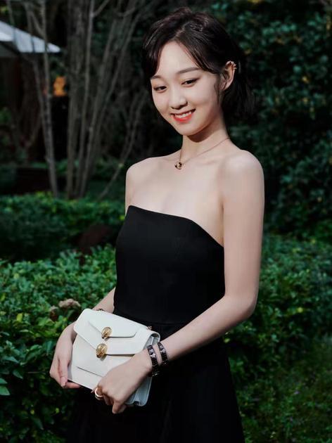李子璇出席BVLGARI X alexanderwang联名作品发布派对