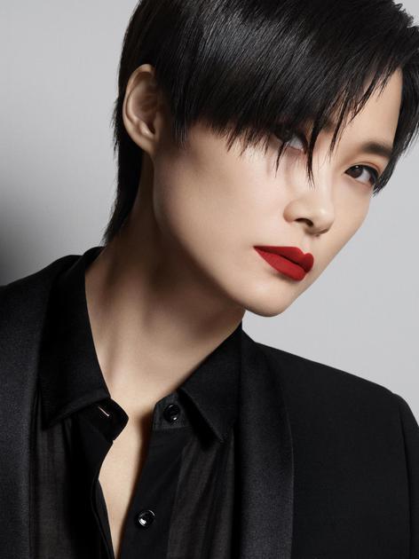 YSL圣罗兰彩妆护肤代言人:李宇春Chris Lee