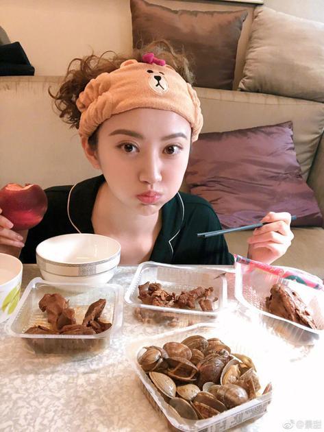 景甜和刘亦菲都胖了? 女星的胖和我们不一样