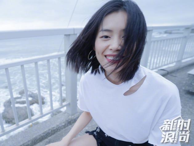 刘雯-红唇