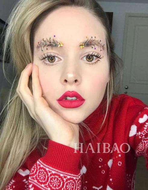 圣诞树眉毛