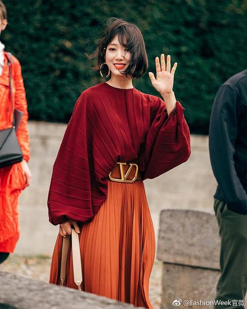 图片来源 微博 @FashionWeek官微