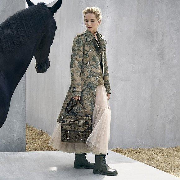 Dior 2019早春度假因采用白人扮演传统墨西哥马术竞技会中女骑士而受到争议