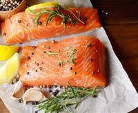 养殖三文鱼到底可以生吃吗?