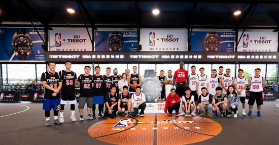 NBA名宿杰梅因・奥尼尔受天梭表邀请执教篮球训练营