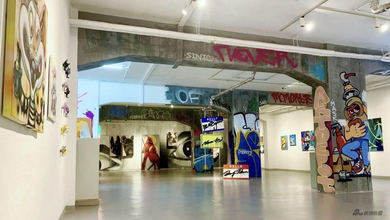 """艺术仓库展览""""街头暗号""""首次将街头文化带入画廊体系"""