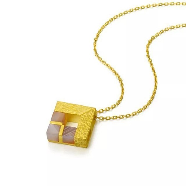 周生生的足金项链