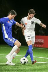 李毅帕托欧莱雅男士型男足球友谊赛