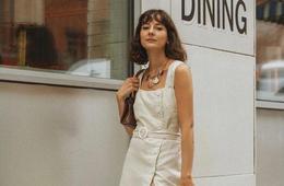 被Kendall穿小白裙的样子迷住了