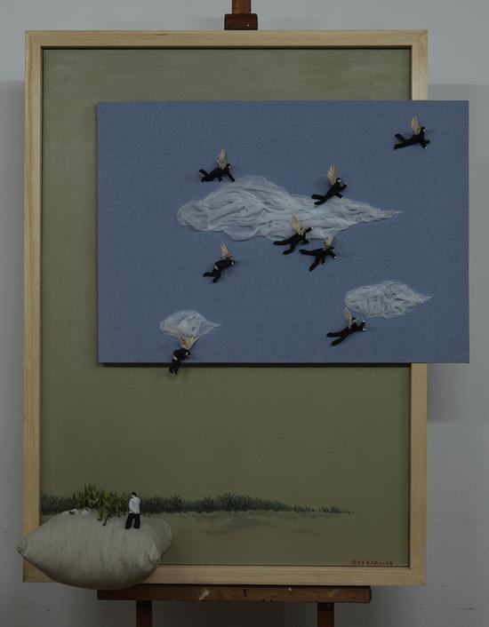 计文于& 朱卫兵,天使的粑粑,146x117.5x35cm木框,铜丝,布,填充棉 ,泡沫,2015年