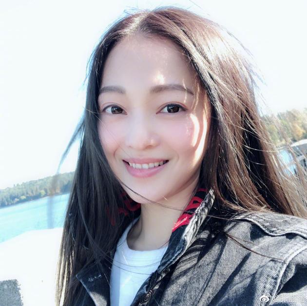 美女张韶涵
